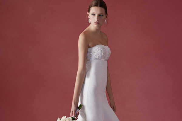 b34ec54f2b A 10 legszebb esküvői ruha a legfontosabb őszi kollekciókból – Ezek a  kedvenceink!