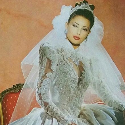 b9884c19cd Ilyen esküvői ruhában mentek férjhez a '90-es években – Nem hiszel a  szemednek