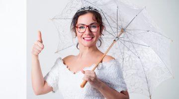 Így viseld a szemüveget menyasszonyként  nemcsak kontaktlencsével lehetsz  gyönyörű 3ab70c6d8e