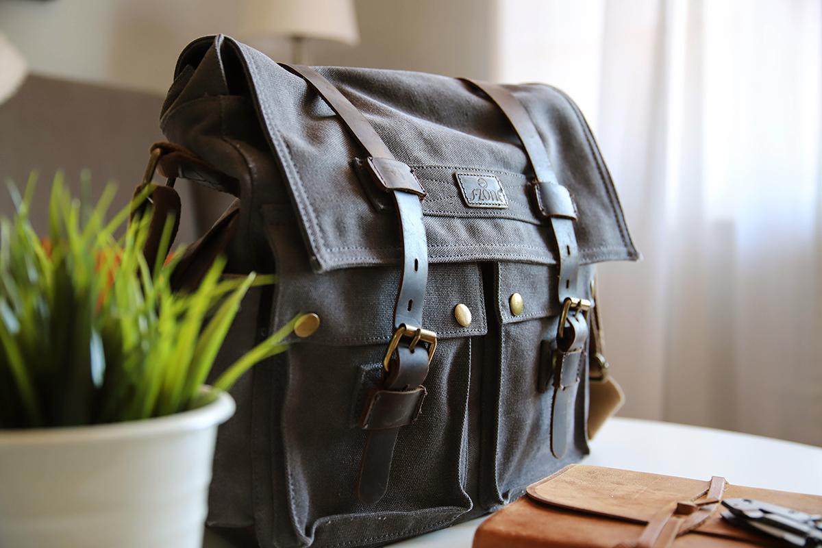 Zseniális ötlet egy régi táskával: ahelyett, hogy kidobnád, így hasznosítsd újra
