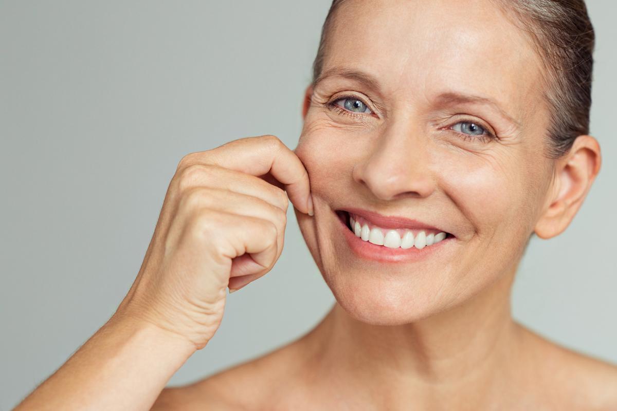 Elképesztő módon segíti a bőrmegújulást: a kalcium ráncok ellen is jó
