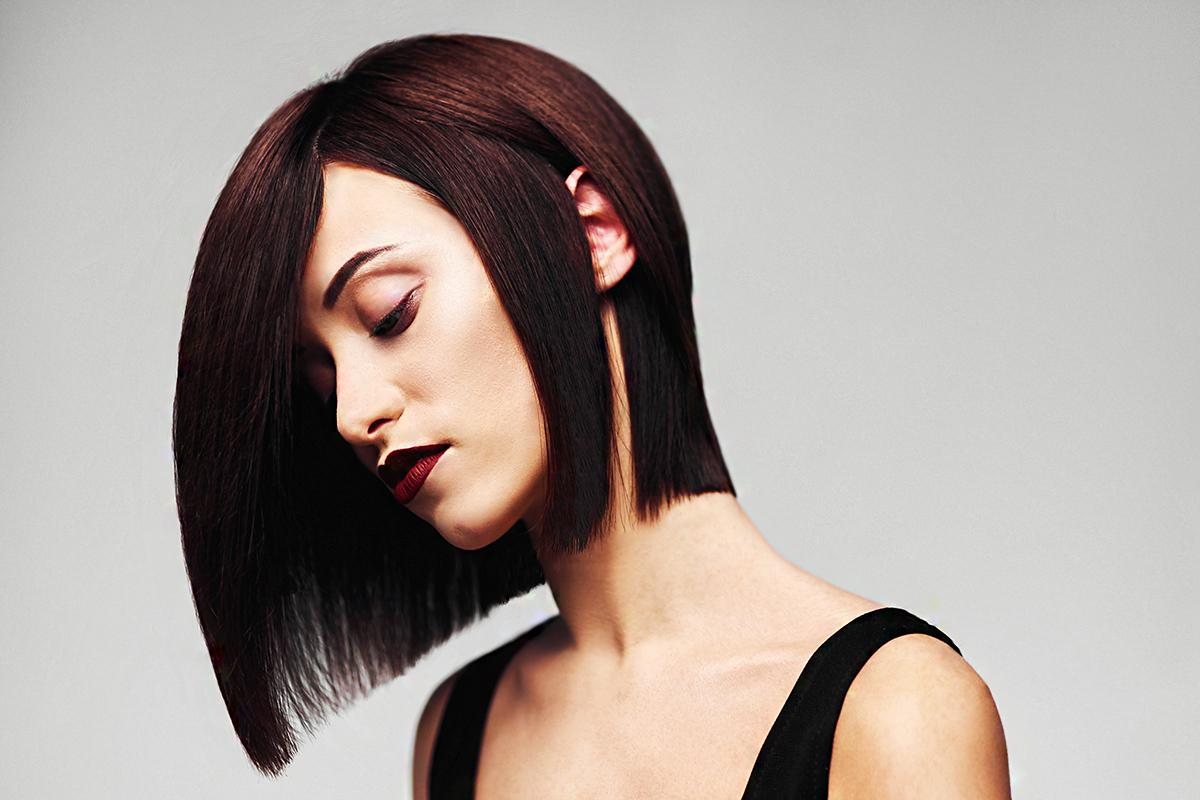 Mindenki ezért a frizuráért rajong: dúsabbnak mutatja a hajat, és beszárítani sem kell