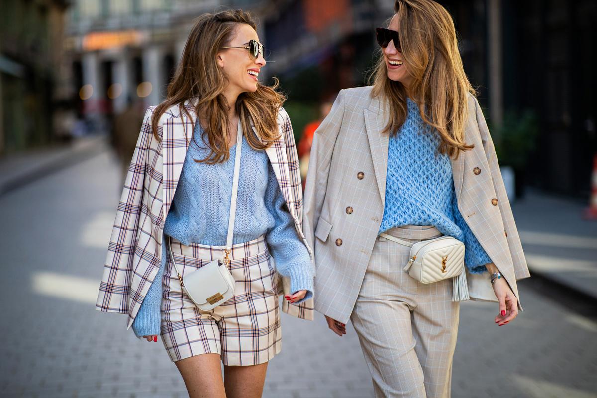1dd45739b7 Most minden divatos, ami kötött: így igazítsd a szetted a szeszélyes tavaszi  időhöz