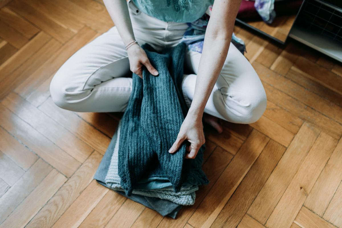 Nemcsak a pet palackok károsítják a környezetet: Mengyán Eszterrel, a Holy Duck! blog szerzőjével a fast fashion veszélyeiről beszélgettünk